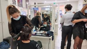 Concours de coiffure : épreuve de brushing